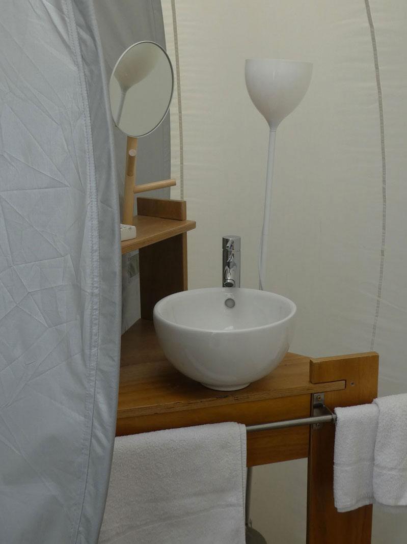bulle-salle-de-bain-eau-douche-luxe-noct-enbulle-hotel • Noct\'en Bulles