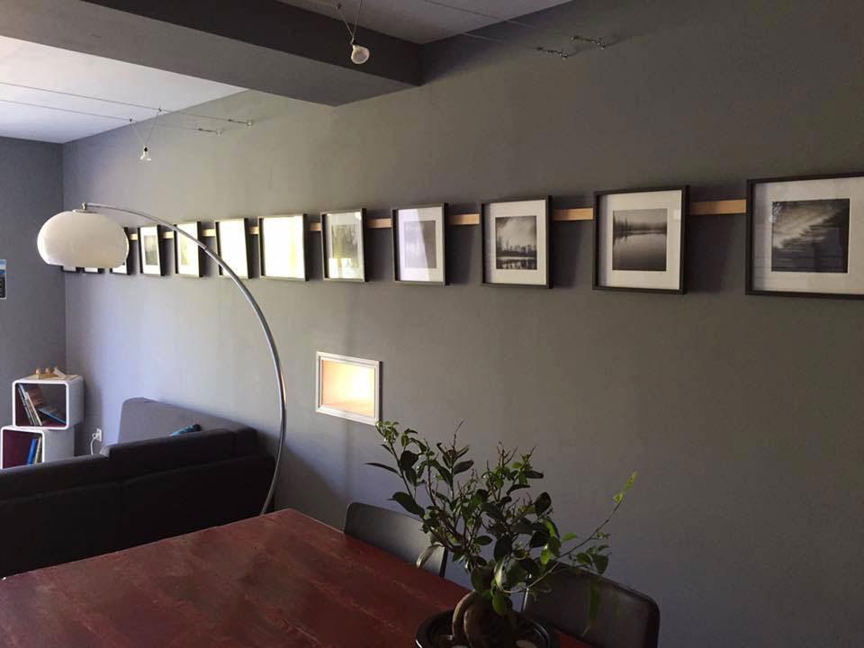 http://www.noct-enbulle.fr/wp-content/uploads/2017/10/espace-commun-salon-bergerie-noct-enbulle-hotel.jpg